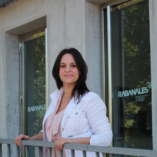 Cristina.FotoEquipo.sjpg-01